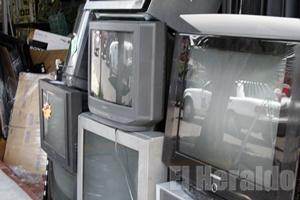 television analoga _SC_9702