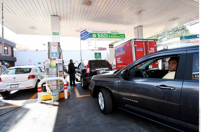 Amenazan a gasolineras en Jalisco