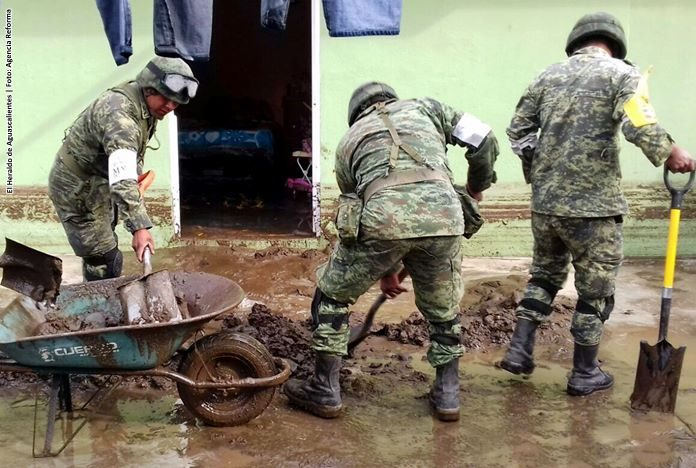 Avalancha en Guerrero deja seis militares muertos