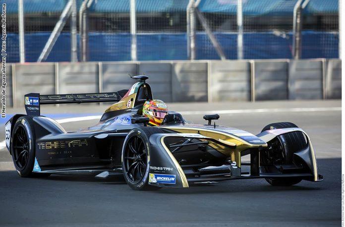 Esteban Gutiérrez correrá toda la temporada en IndyCar
