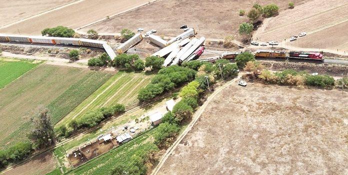 Chocan de frente dos trenes en Aguascalientes